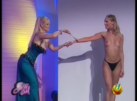 italian Showgirls paint clip