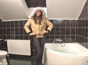 Here we have another winter outfit, worn where we like the most, the bathtub. Before the clip Michaela was concerned about whether or not the jacket would be ruined because it's the first time she wore it. Fortunately for her, the jacket remained intact a