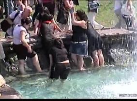 Russian Fountain Girls DD04D