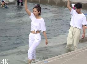 Korean Foutain Dancers
