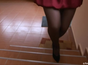 Sabina attended to a photo shooting for a ankle fetish video and during the video she was supposed to dislocate her ankle. The think was that the acting turned to be a little painful for her ankle BUT fortunately the crew knew that the best remedy for a p