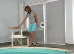 Enci is getting dunked in a production made originally for a custom-videos.com valued customer. She wears leggings with pantyhose under it, a tight shirt with no bra underneath.