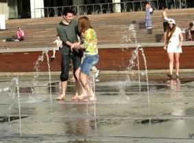 Fountains SGHD033-3